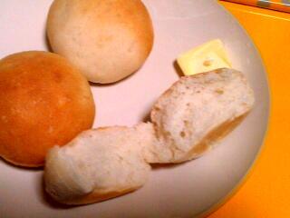 パンの中身。